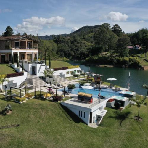 ANTIOQUIA - EL PEÑOL HOTEL LA MAGDALENA 1 NOCHE